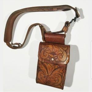 True VTG Leather Horse Aztec Case Purse